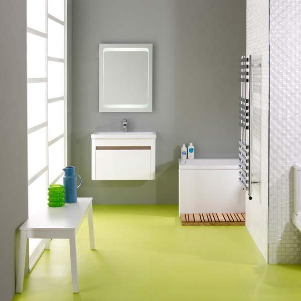 Green vinyl floor in a bathroom