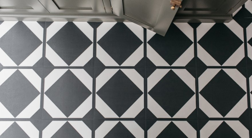 Black & White Laundry & Mud Room Patterned Flooring