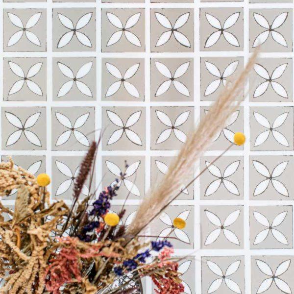 lattice seedpod lvt