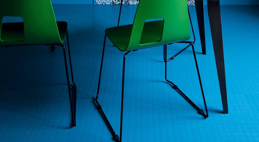Blue rubber dining room flooring