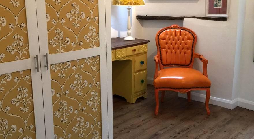 wood effect floor in a bedroom