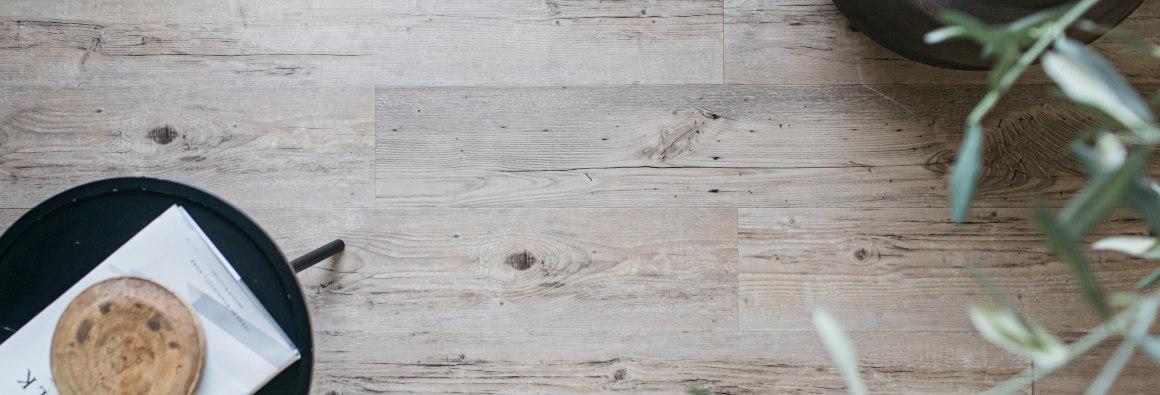 Wood Effect Vinyl Flooring Tiles