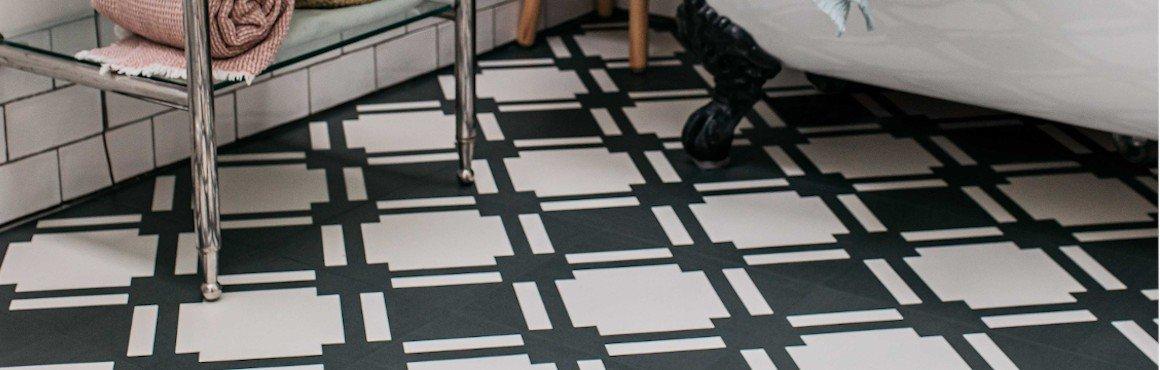 black bathroom flooring check slate pattern