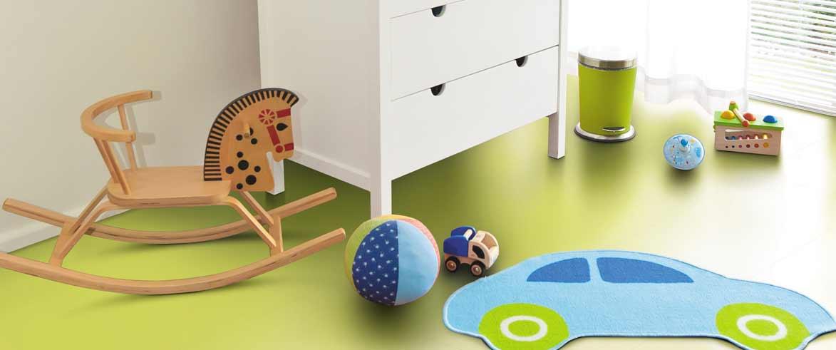 green-floor-bedroom-bn