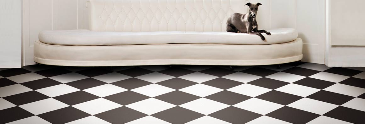 Retro Vinyl Flooring - Black & White Checkerboard
