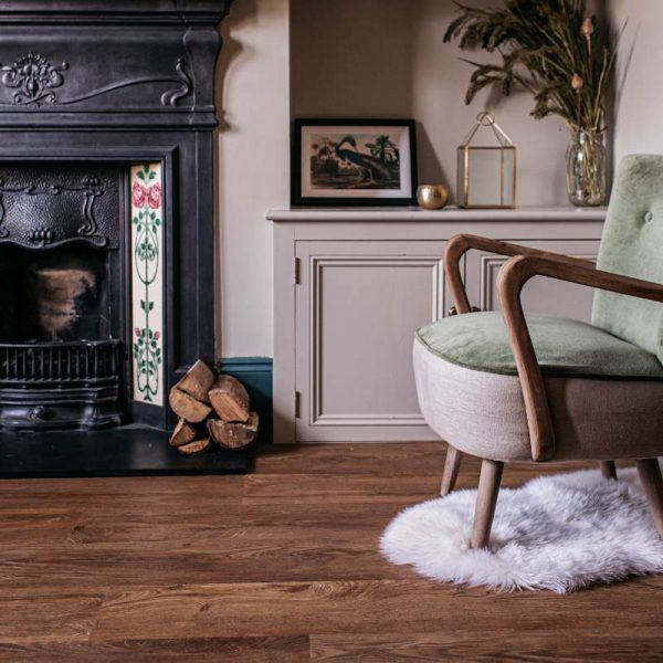 traditional english oak floor in statement living room
