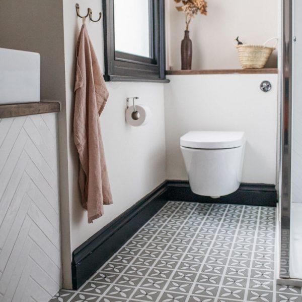 neutral bathroom flooring lvt patterned design