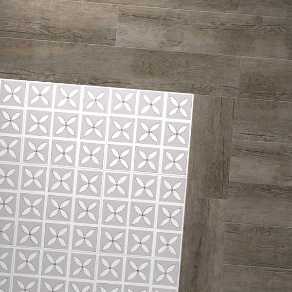 Grey petals floor with grey wood
