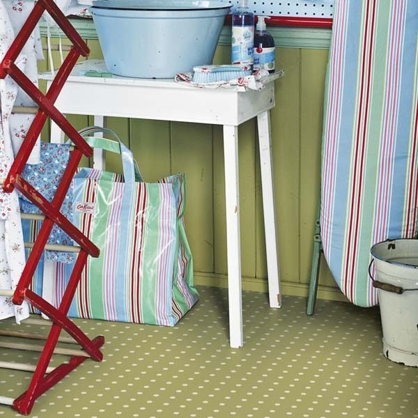 Polka dot floor in utility room