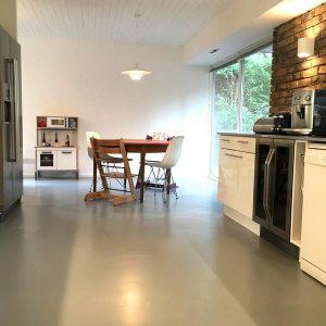Grey rubber kitchen flooring