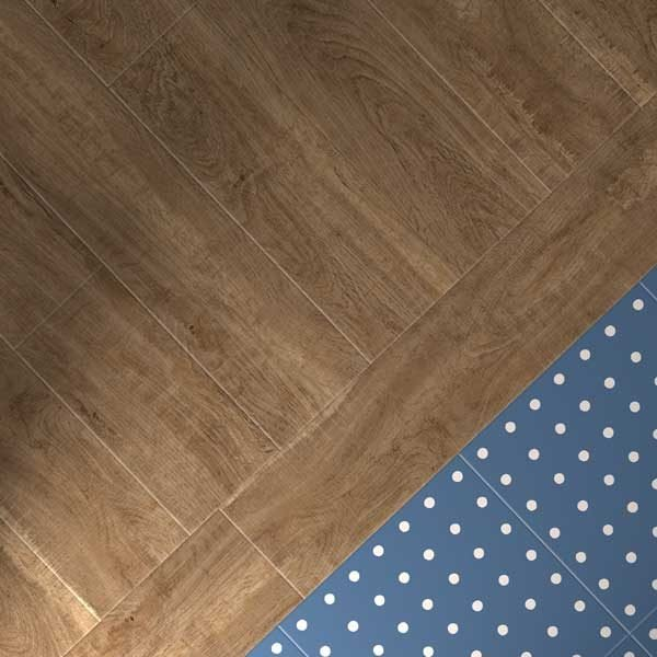 Sawn oak with spot blue floor design