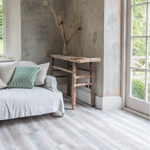 driftwood-wood-flooring-light-grey-rustic-vinyl