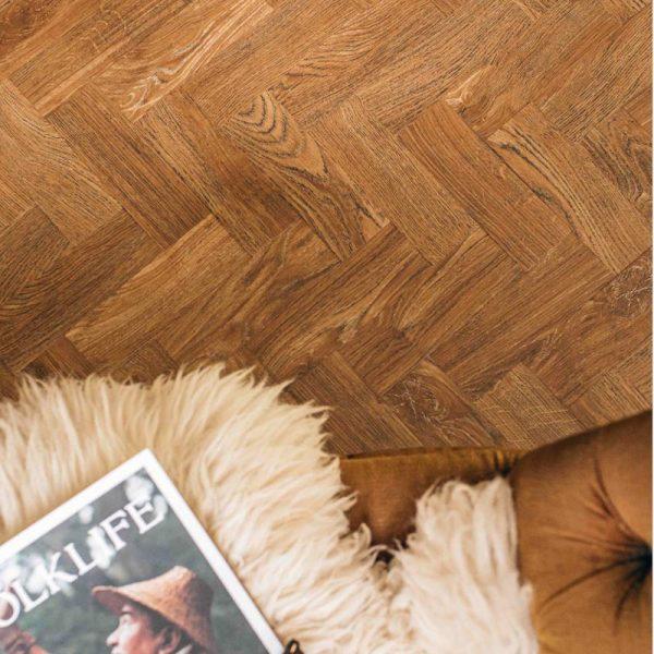 detailed image of a mid oak parquet floor
