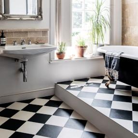 black and white check bathroom floor tiles