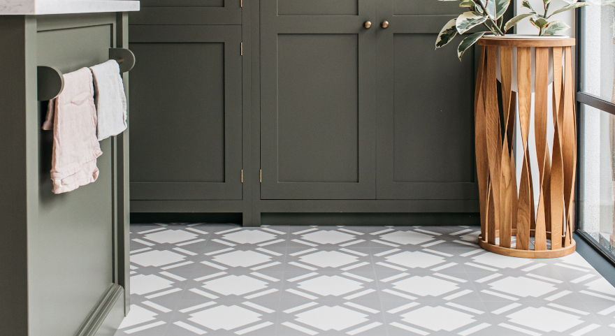 check-flint-grey-kitchen-floor-modern-pattern-vinyl-harvey-maria-neisha-crosland