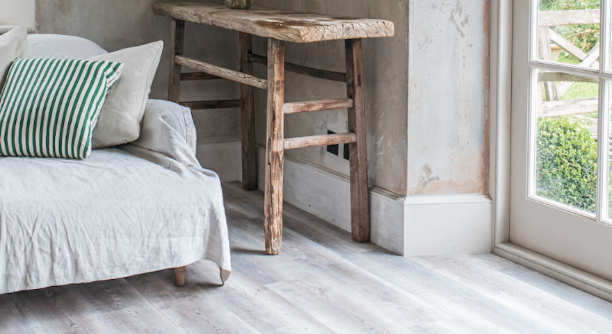 driftwood-light-grey-wood-effect-vinyl-floor-harvey-maria