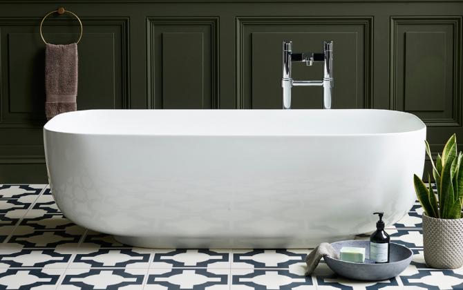 modern bath with parquet floor tiles