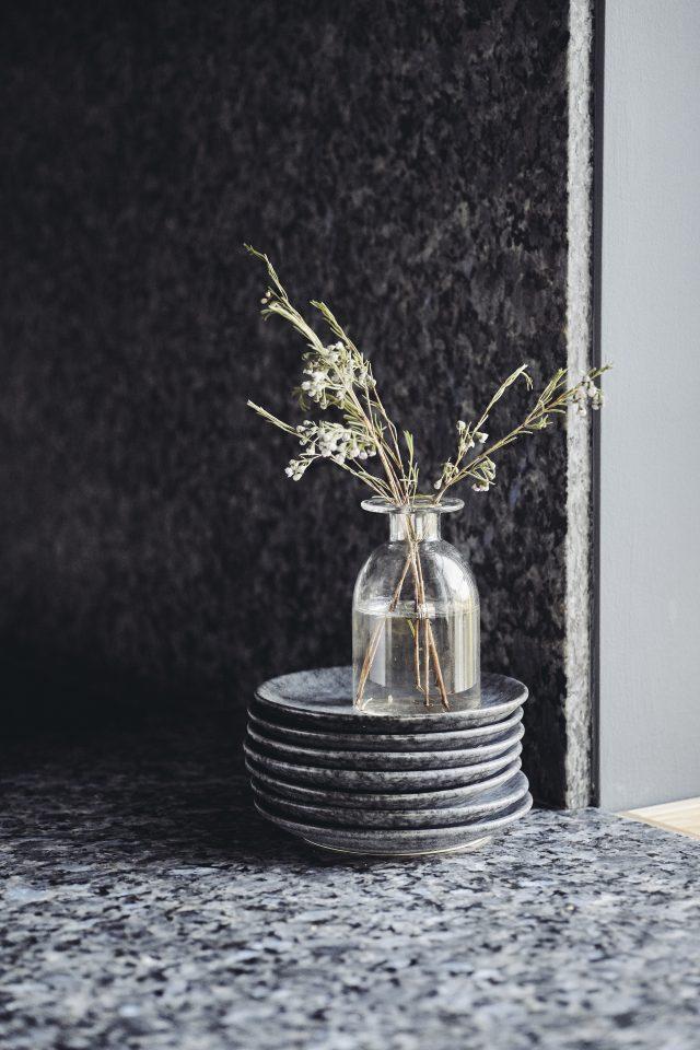dark kitchen graphite worktop