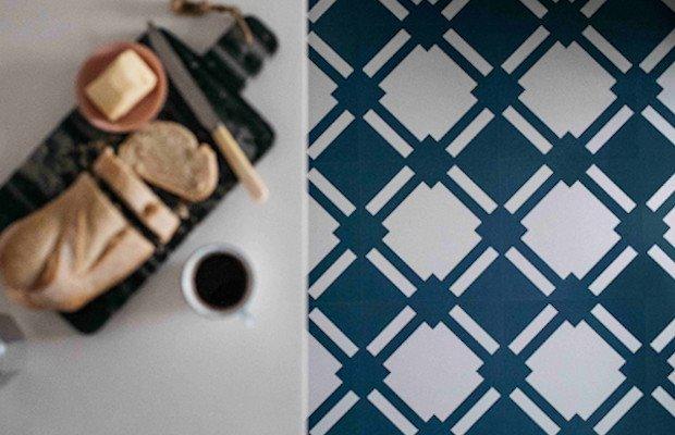 check blue kitchen floor under breakfast bar