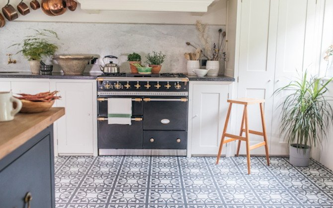 northmore decorative lvt floor tiles in rustic country kitchen space