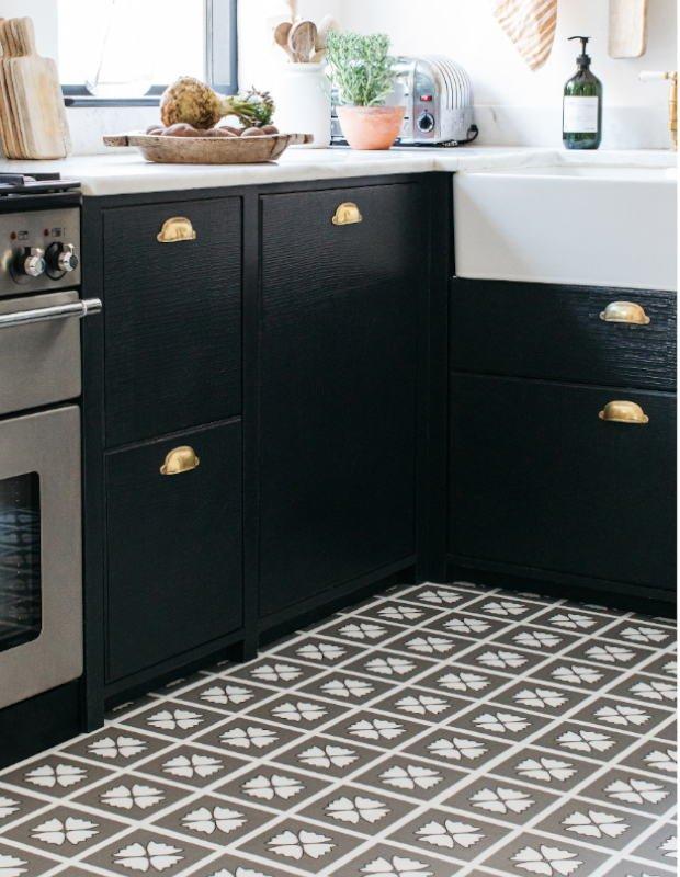grey patterned kitchen floor