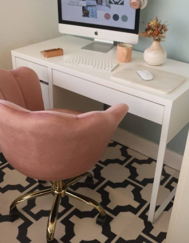 parquet charocal in home office with pink velvet chair