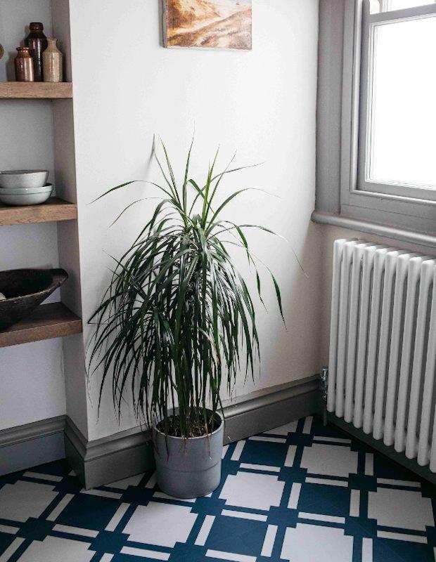 check blue patterned kitchen flooring