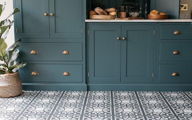 open plan kitchen with pembroke slate decorative tiles