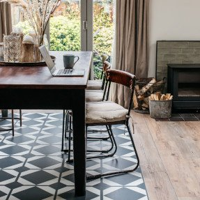 Designer floor with a wood surround in a living room