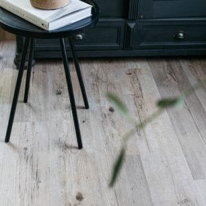 Tawn Wood Vinyl Floor Plank