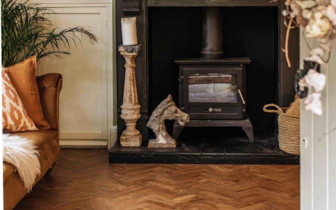 autumn living room with parquet flooring